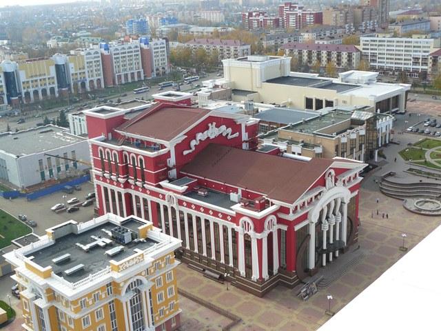 Театр оперы и балета в г.
